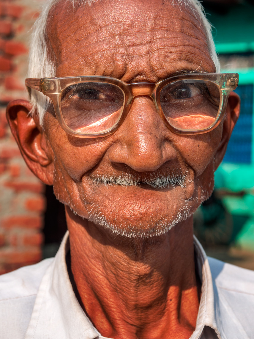 Kachhpura village man
